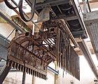 Thames Water – Bosker overhead trash raking system – Deephams WwTW